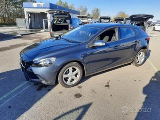 VOLVO V40 D2 eco business 88kw