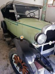 Auto d'epoca chevrolet
