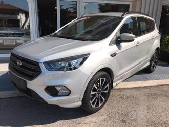 Ford kuga 2.0 tdci 150 4wd powershift st-line