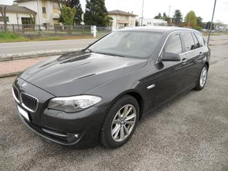 BMW Serie 520 d touring-manuale 6 m - 2011