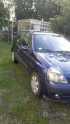 Ford Fiesta /Renault clio
