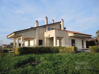 Matinella (SA)-Villa Indipendente