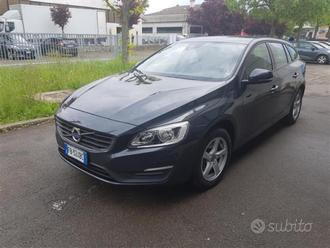 VOLVO V60 2.0 D3 Business geartronic