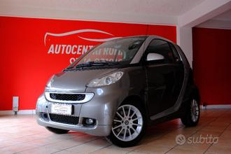 Smart forTwo 1000 52 kW MHD coupe passion