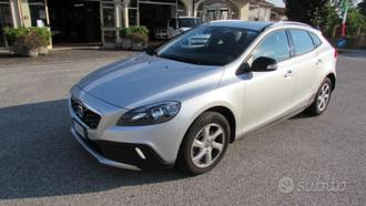 VOLVO V40 Cross Country Cross Country D2 Geartro