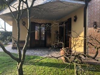 Polesella, prestigiosa villa indipendente con giar