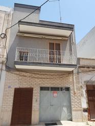 INDIPENDENTE con terrazzo e garage