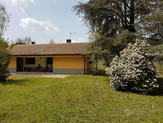 Villa indipendente con dependance, Sasso Marconi