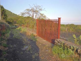 TERRENO 1777 mq a Nicolosi zona Parco dell'Etna