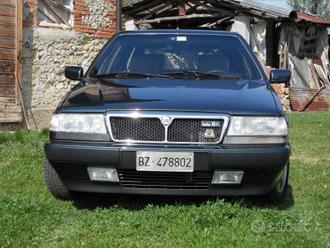 Lancia thema sw turbo 16v