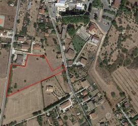 Ferentino (Fr) - Terreno agricolo mq 9400