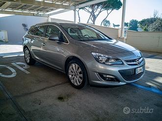 Opel Astra - Sports Tourer Cosmo - Full optional