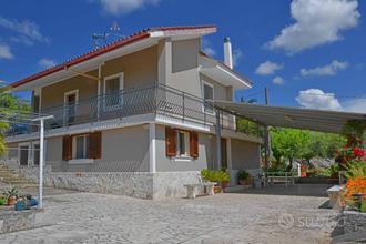 Villa a Putignano, 6 locali