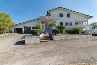 Villa singola - Santa Maria Nuova