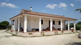 Villa Zona Franite Maglie LE