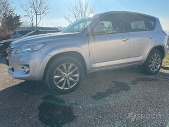 Toyota Rav 4 D-cat 2.2 150 cv full optional