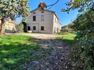 Villa a Schiera a Mombaroccio, 7 locali