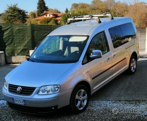 VOLKSWAGEN Caddy 3ªs. Tour. 2ª - 2010