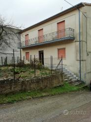 Villetta indipendente su 3 piani