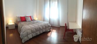 Verona/Villafranca:Ampia camera con BAGNO PRIVATO