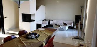 Villa a Schiera a Montelabbate, 6 locali