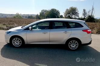 Ford Focus 1.6 TDCi SW-Full optional-Come nuova