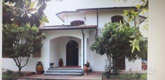 Casa singola a Cascina