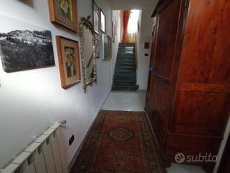 Villa a SAN FREDIANO A SETTIMO