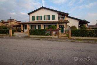 Casa singola - Castelnovo Bariano