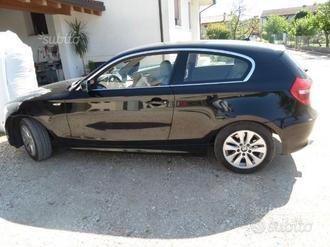 BMW Serie 1 (E81) - 2007 full xeno