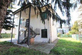 Rif.2624/V  casa ind. sala bolognese