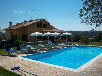 Villa con Piscina per Feste,Eventi,Compleanni