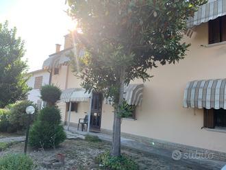 Casa accostata a Giacciano con Baruchella