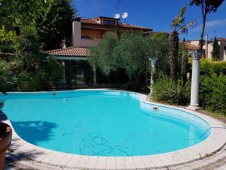 Villa a Vallefoglia, corso 21 Gennaio, 12 locali