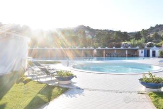 CHIA Villa BLU con piscina condominiale