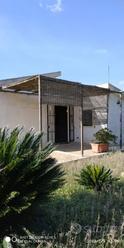 Villa + Giardino e Terreno Coltivabile (6.500 mq)