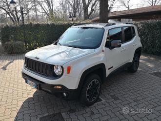 Jeep Renegade 2.0 Mjt 170CV 4WD TrailHawk AT9