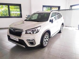 SUBARU Forester 2.0 e-Boxer 4X4 HYBRID STYLE AT