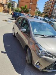 Toyota yaris 1.5 automatica hybrid
