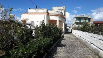 Villa indipendente in zona centrale