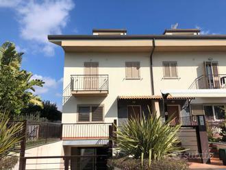 Villa a San Giovanni la Punta - Centro