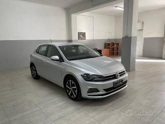 Vw new polo 2018 highline 1.6 tdi 95 cv iper-full