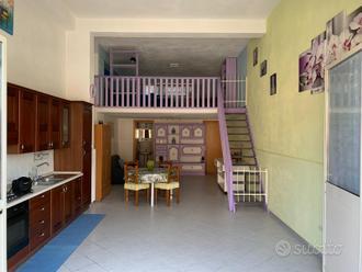 Garage abitabile adibito ad appartamento 70 mq