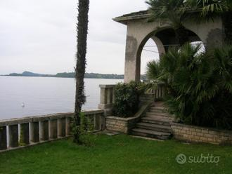 Villa a Lago - Cod. 10025