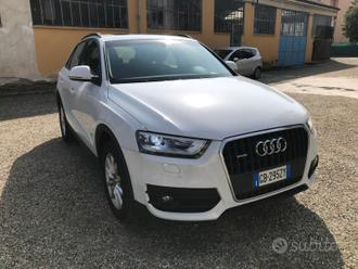 Audi q3 2.0 tdi quattro business advanced tetto ap