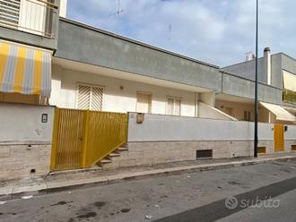 Casa indipendente a Cellamare Via piave 3 locali
