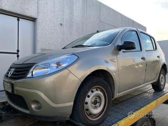 Dacia Sandero 1.4 gpl 2010 rotta