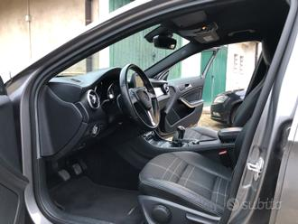 Mercedes GLA 200D gancio traino