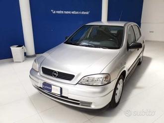 Opel Astra 1.4i 16V cat 5 porte CDX