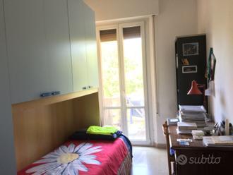 Stanza singola in appartamento signorile